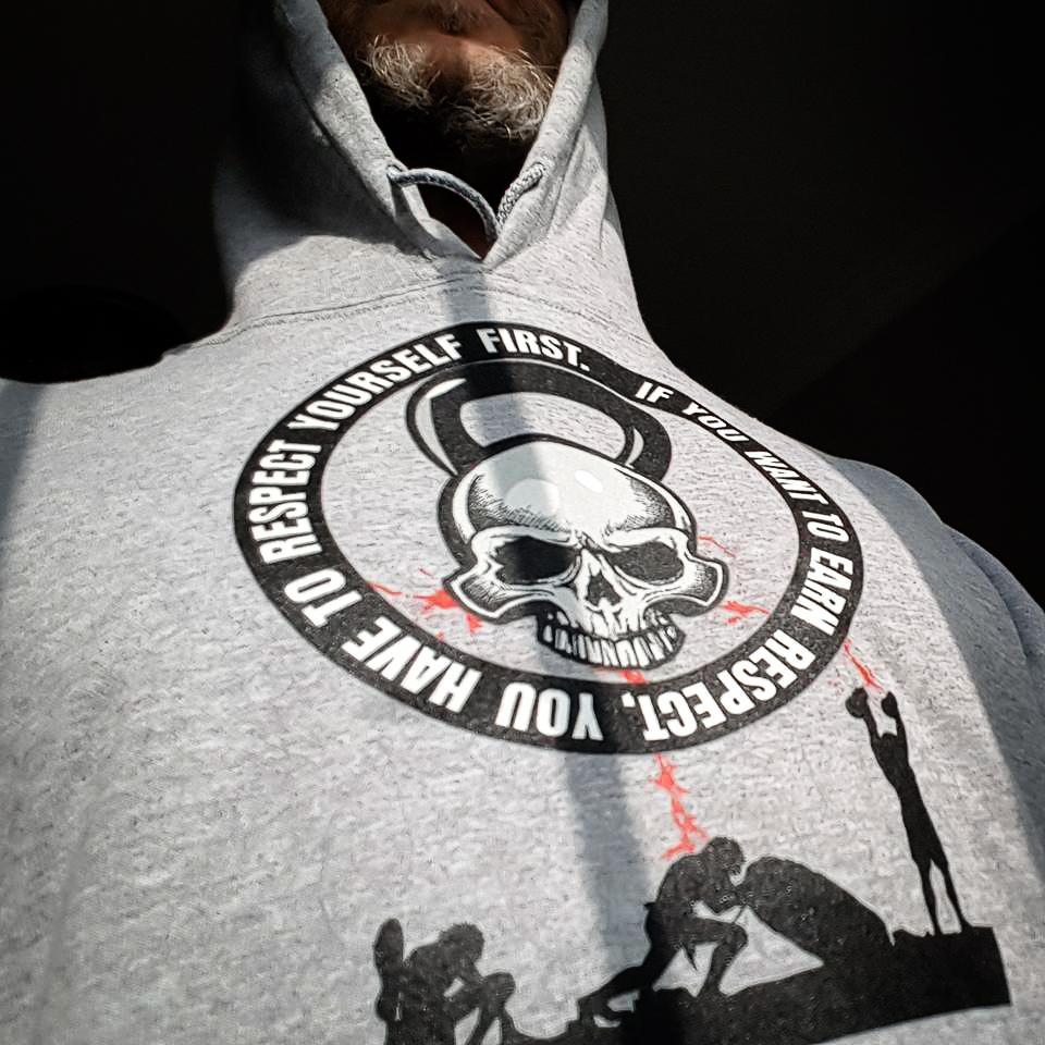 Cavemantraining Hoodie With Skull